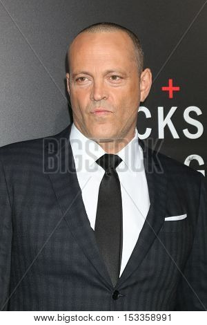 LOS ANGELES - OCT 24:  Vince Vaughn at the