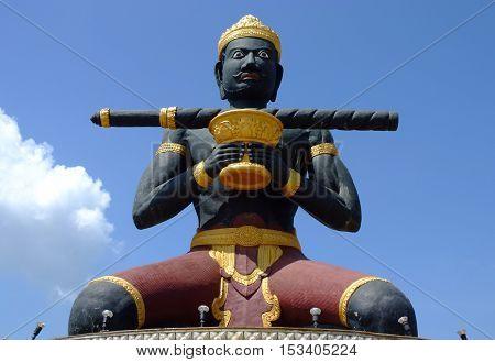 Battambang Statue (dambang kranhoung) battambang, cambodia .
