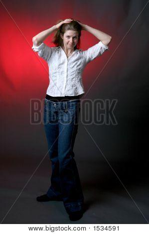 Hands On Head Woman (Ki)