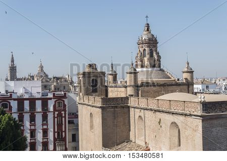 Church of the AnnunciationGiralda and Seville Cathedal in the background Seville Spain. Iglesia de la Anunciación Giralda y catedral de Sevilla al fondo Sevilla España