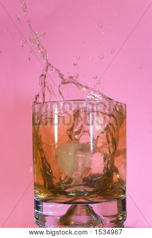 Aperitif Glass With Splashes
