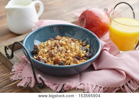 Homemade Granola With Raisins