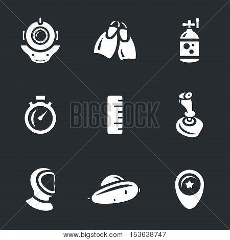 Spacesuit, flippers, oxygen cylinder, stopwatch, ruler, joystick, wetsuit, bathyscaphe, pointer.