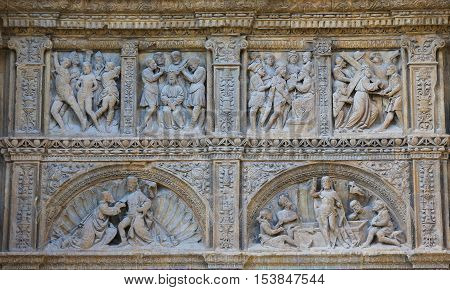 16Th Century Principal Gate At The Saint Thomas Church Of Haro, La Rioja
