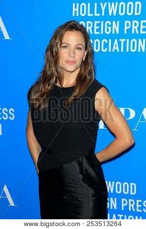 LOS ANGELES - AUG 9:  Jennifer Garner at the 2018 HFPA Annual Grants Banquet at the Beverly Hilton Hotel on August 9, 2018 in Beverly Hills, CA