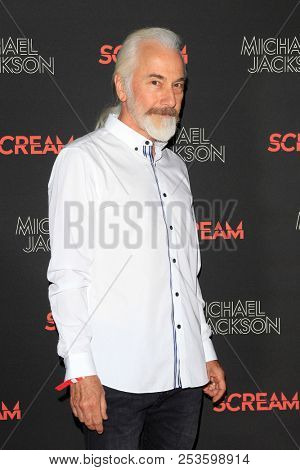 LOS ANGELES - OCT 24: Rick Baker at The Estate of Michael Jackson and Sony Music present Michael Jackson Scream Halloween Takeover at TCL Chinese Theatre IMAX on October 24, 2017 in Los Angeles, CA