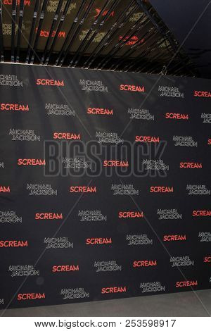 LOS ANGELES - OCT 24: Party, atmosphere The Estate of Michael Jackson & Sony Music present Michael Jackson Scream Halloween Takeover at TCL Chinese Theatre IMAX on October 24, 2017 in Los Angeles, Ca