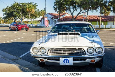 New Orleans, Usa - Nov 26, 2017: A White Dodge Challenger Car Stationed In A Public Parking Space. I