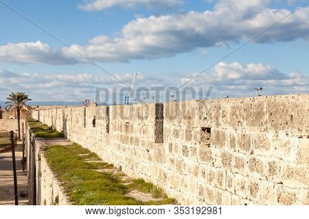 Defensive Wall.  The Defensive Walls Surrounding The Historic City Of Famagusta In The Turkish Repub