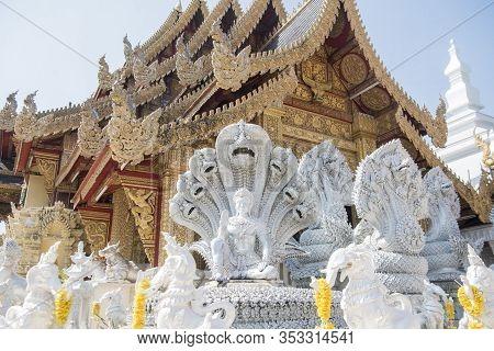 Thailand Lamphun Wat San Pa Yang Luang