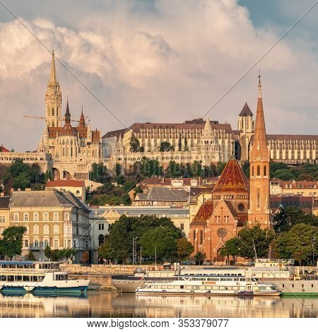View of Buda side of Budapest with the Buda Castle, St. Matthias and Fishermen's Bastion, Hungary