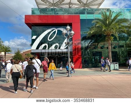 Orlando,fl/usa-2/17/20:   Coca-cola Company Is An American Multinational Corporation, And Manufactur