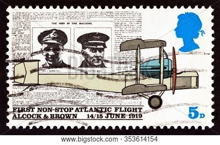 United Kingdom - Circa 1969: A Stamp Printed In United Kingdom Shows Page From Daily Mail, And Vicke