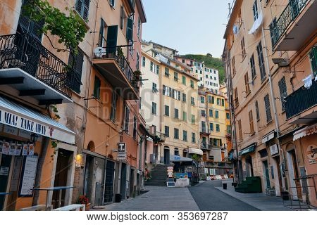 RIOMAGGIORE - MAY 22: street view on May 22, 2016 in Cinque Terre, Italy. Riomaggiore is one of the five villages in Cinque Terre. It is a major tourism attraction and UNESCO World Heritage Site.