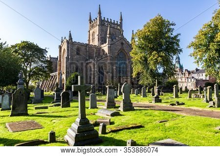 The New Abbey Church Of Dunfermline