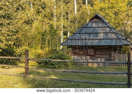 Rustic Rural Wooden Cabin Village House Ukraine Country Side Scenic Nature Environment Space Sun Lig