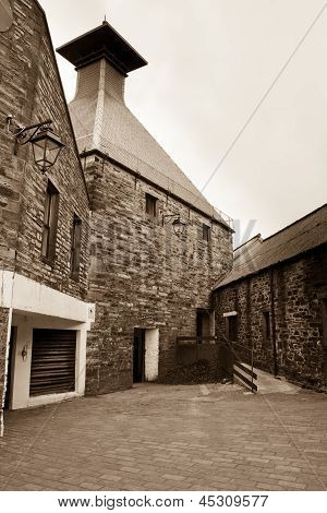 Highland Park Distillery, Orkney