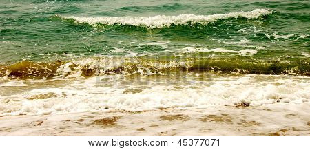 impending wave