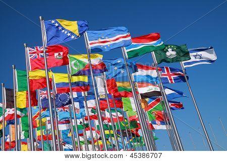 Banderas de países de todo el mundo