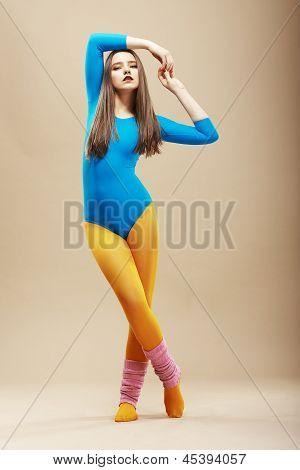 Fitness. Gesund schlank Frau In Sportkleidung und Oberteil. Wellness
