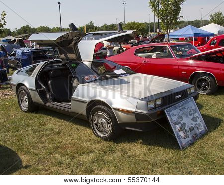 1981 Delorean Side View