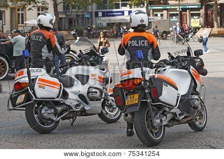 Luxembourg - Police intervene