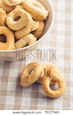 tarallini bread sticks on kitchen table