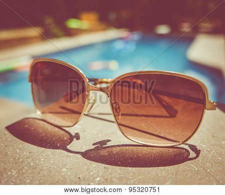 Retro Vintage Pool Sunglasses