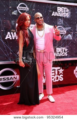 vLOS ANGELES - JUN 28:  Natalie La Rose, Flo Rida at the 2015 BET Awards - Arrivals at the Microsoft Theater on June 28, 2015 in Los Angeles, CA