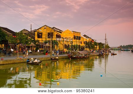 Sunset in Hoai river in ancient Hoian town