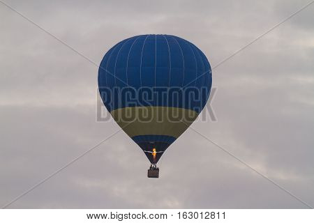 Balloons Over The City, Ballooning.