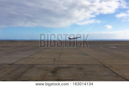 airplane taking off - airplane start / takeoff