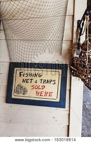 Promotional tablet fishing shop net and traps