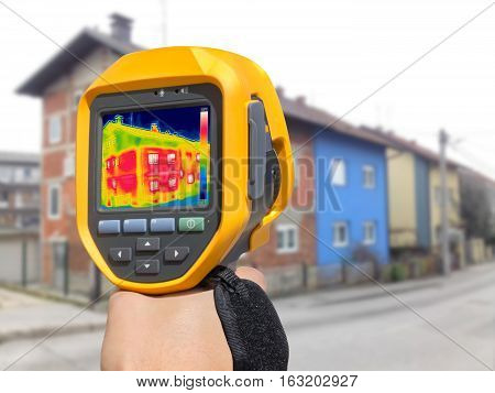 Recording Heat Loss at the House with or without facade With Infrared Thermal Camera