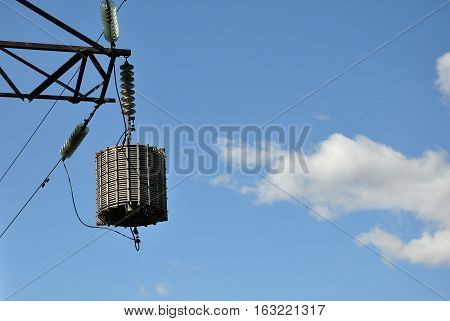 High-frequency suppressor on the power line telephone communications.