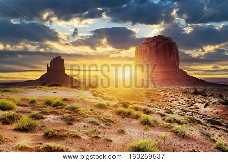 Sunset at the sisters in Monument Valley USA