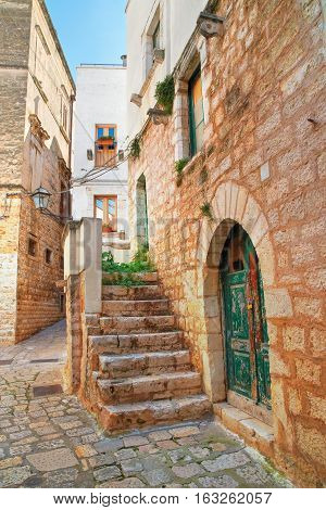 Characteristic alleyway of Rutigliano. Puglia. Southern Italy.