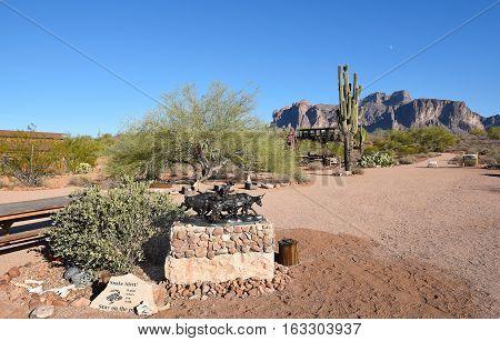 APACHE JUNCTION AZ - DECEMBER 8 2016: Cowboy Sculpture at the Superstition Mountain Museum Apache Junction Arizona.