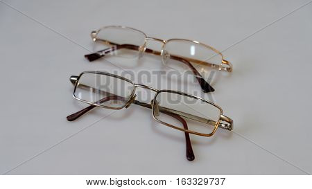 to see better with glasses on a light background