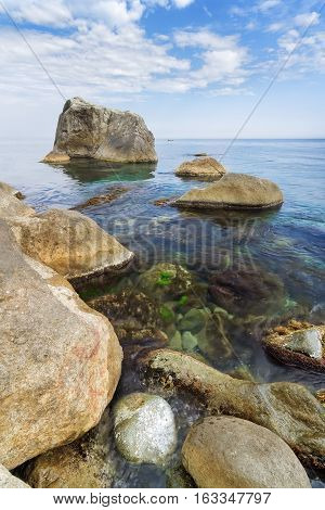 wild beach stone / Yalta day photo at the foot of the Vorontsov Palace