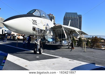 San Diego, California - Usa - Dec 04,2016 - Uss Midway Museum  F-14 Tomcat Fighter