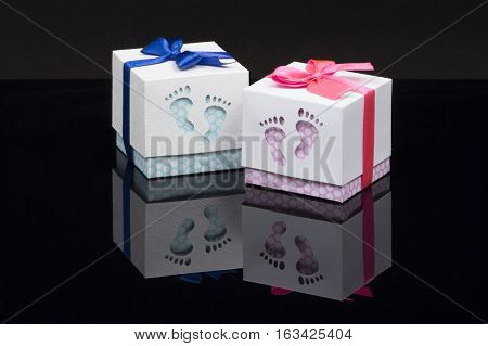 Handcrafted gift boxes in blue and pink color