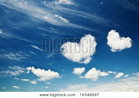 heart from cloud on sky