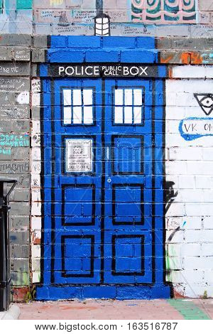 Graffiti of the traditional old-fashioned British police box