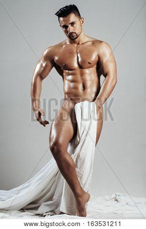 Handsome Nude Muscular Sexy Bodybuilder