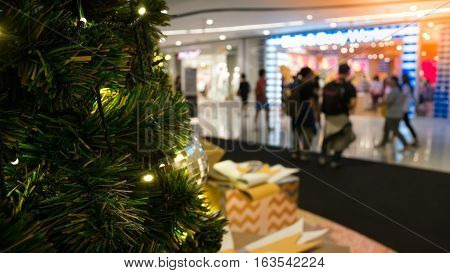 Christmas Tree With Decoration In Shopping Mall. Christmas Clearance Sales At The Shopping Mall.