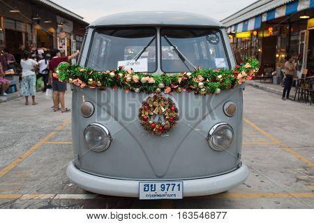 Old Vintage Volkswagen Van At Night Market, Srinakarin Road