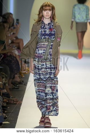 Desigual - Spring 2017 Collection