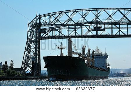 Large freighter leaving port in Duluth, MN