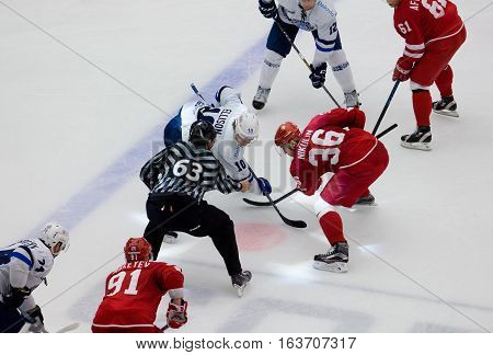 A. Nikulin (36) Vs M. Ellison (10) On Faceoff